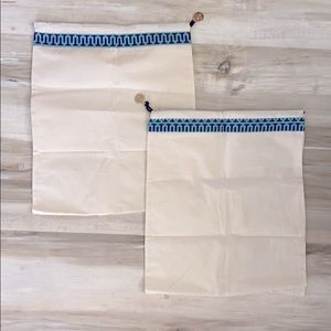 ❤️ Two Tory Burch travel dust shoe bags